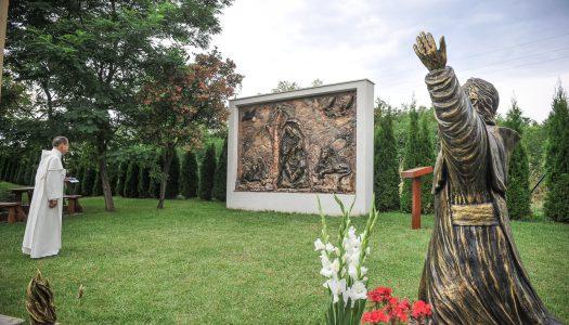 Új alkotással gyarapodott a Mária Park Pálosvörösmarton