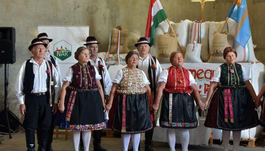 Adományokból készül a Magyarok Kenyere