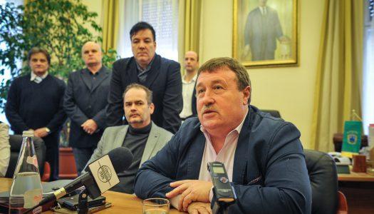 Mégsem indul az országgyűlési képviselőségért és kilép az MSZP-ből Hiesz György, Gyöngyös város polgármestere